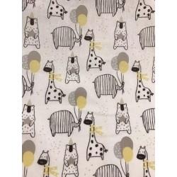 """Tissu coton """"FIESTA"""" motifs girafe, éléphant et ours x 50cm"""